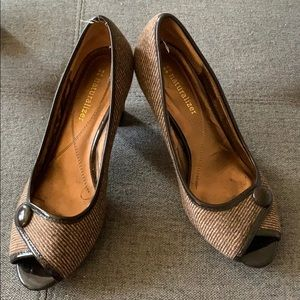 Naturalizer brown peep-toe Size 7